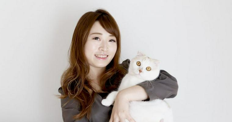 「今度は私が恩返ししたい!」 一人暮らしで始めた猫との暮らしで変わったこと【愛猫ライフ取材 Vol.3】