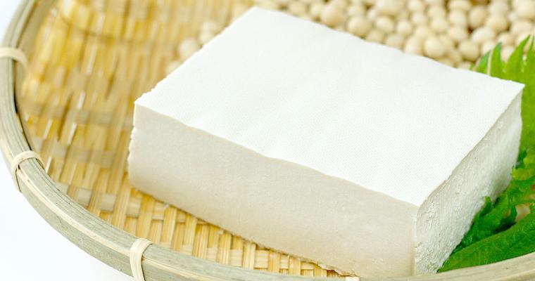 猫は豆腐を食べても大丈夫? にがりや豆乳についても解説