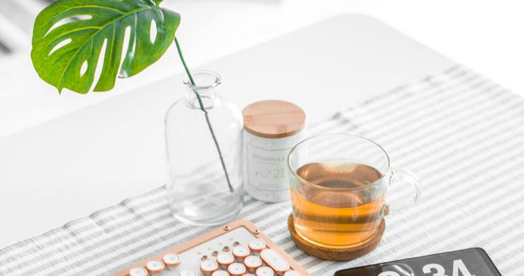 犬に紅茶は飲ませないで! カフェイン中毒を引き起こす危険性も