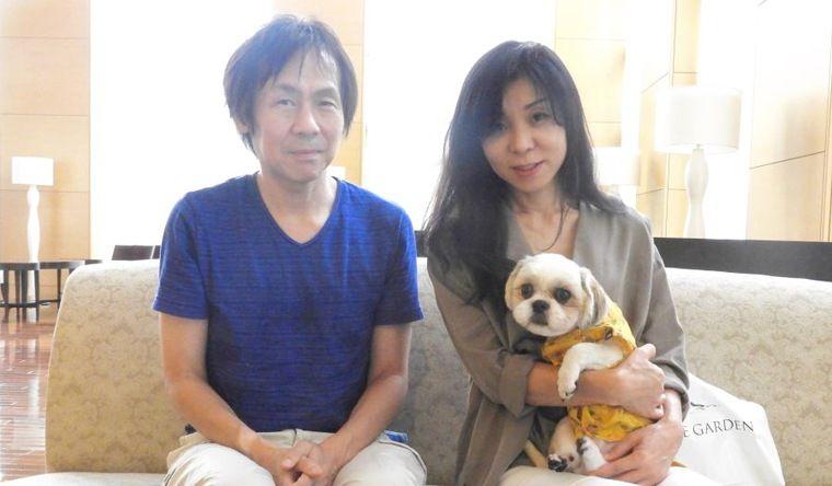 保護犬だった2匹のシーズーを迎えた佐藤さん夫婦の話【お結びレポート】